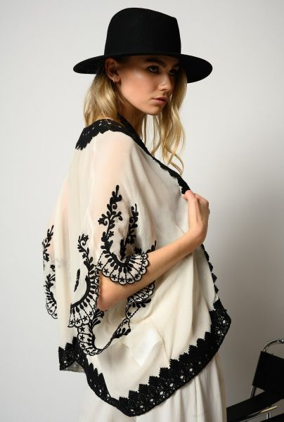 Pinko Kaftan In Embroided Georgette - White